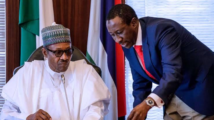 Bidiyon Yanda Boko Haram suka kai hari garin me baiwa shugaban kasa shawara kan harkar tsaro, Babagana Monguno:Sun kona Tankokin yakin sojin Najeriya 3