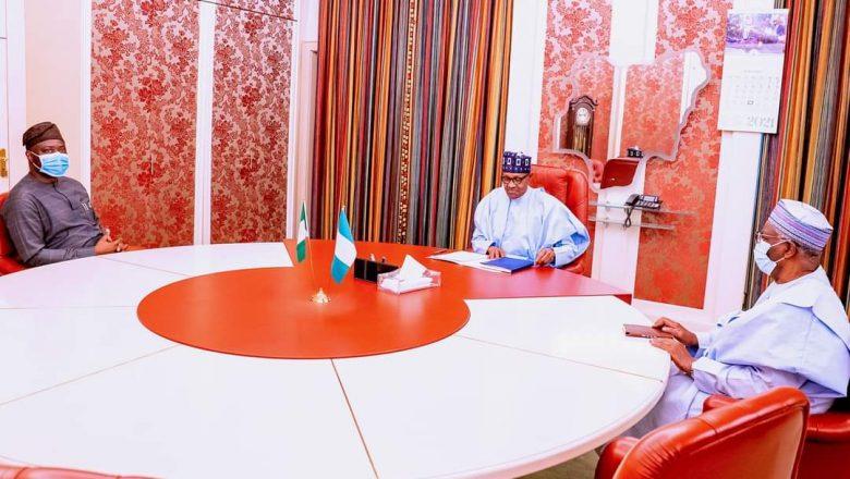Hotuna:Shugaba Buhari ya gana da gwamnonin Ondo da Oyo a fadarsa