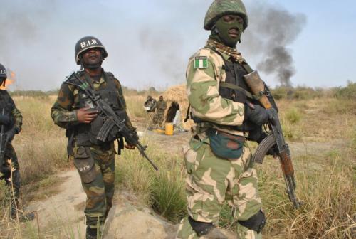Hukumar sojojin Najeriya na neman sojoji sama da 100 da suka tsere daga yaki da Boko Haram